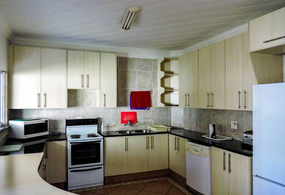 Vaal Dam Kitchen Housing