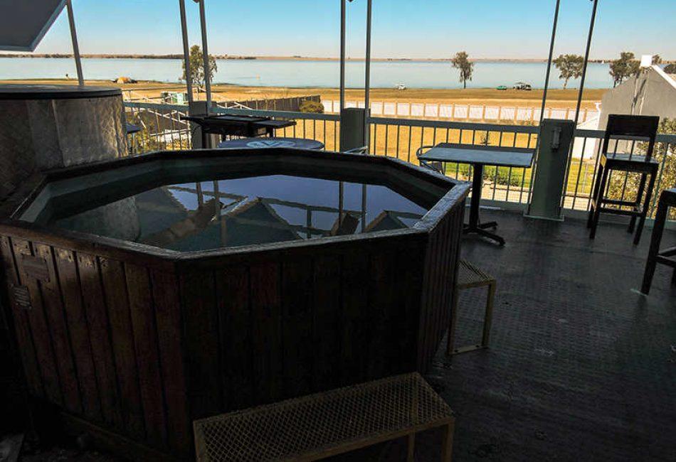 Hot tub At The Vaal Dam